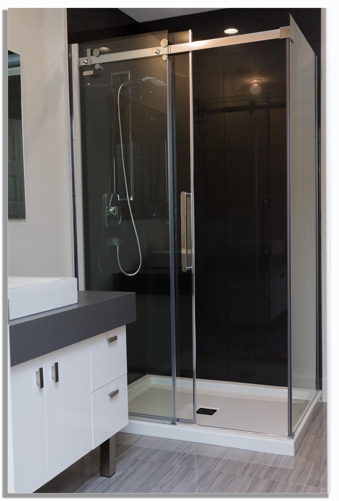 option douche c ramique les habitations rb. Black Bedroom Furniture Sets. Home Design Ideas